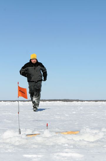 159 best ice fishing gear of interest images on for Ice fishing guides minnesota
