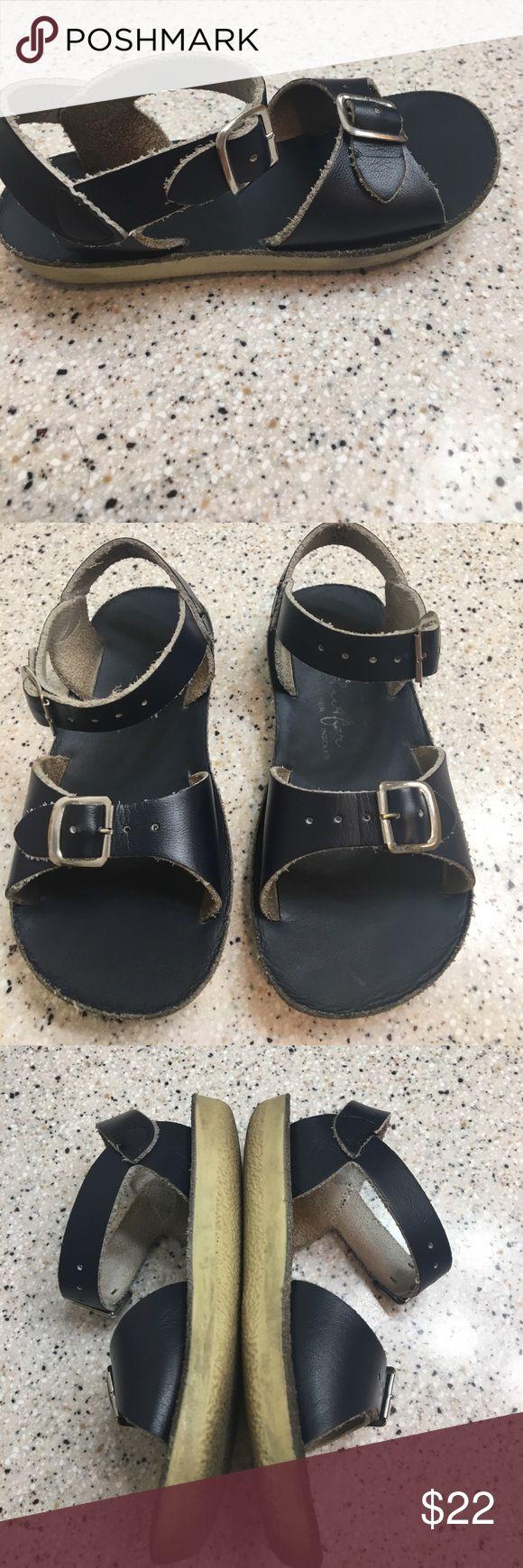 Hoy Shoes Salt Water Sandal Size 9 Hoy Shoes Salt Water Sandal Size 9, boys or girls, water friendly, leather upper, good condition HOY Shoes Shoes Sandals & Flip Flops