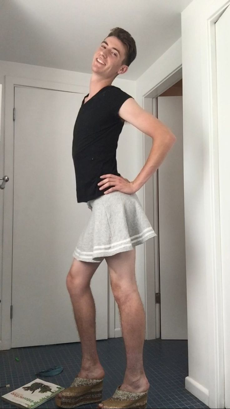 Pin By Nobody Much On Men In Skirts Everyday Men