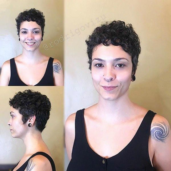 Very Short Curly Hairstyle 2019 Best Short Curly Hair Ideas In 2019 Curlyhairideas Short Curly Hair Curly Hair Styles Cute Short Curly Hairstyles