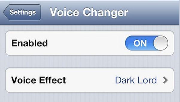 Voice Changer: LIVE Stimme verändern während Telefonieren (iPhone Jailbreak Tweak) - http://apfeleimer.de/2013/09/voice-changer-stimme-veraendern-beim-telefonieren-iphone - Voice Changer von Limneos ist bislang einzigartig. Zwar gibt es unzählige Voice Changer Apps im App Store, doch die Änderung der Stimme erfolgt nicht Live noch kann man mit einer veränderten Stimme telefonieren. Limneos macht es wahr: VoiceChanger ermöglicht Scherzanrufe mit veränderter Stimme