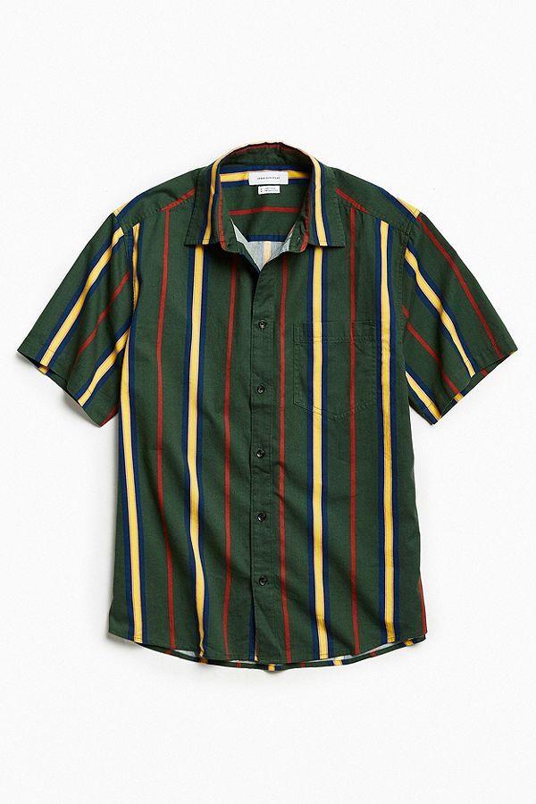 d450907b Slide View: 2: UO '90s Vertical Stripe Short Sleeve Button-Down Shirt