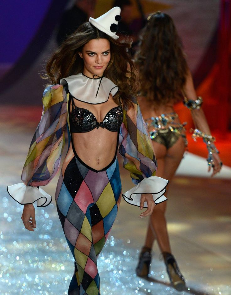 Sexy, Awkward Tales From the Victoria's Secret Fashion Show Circus - The Cut