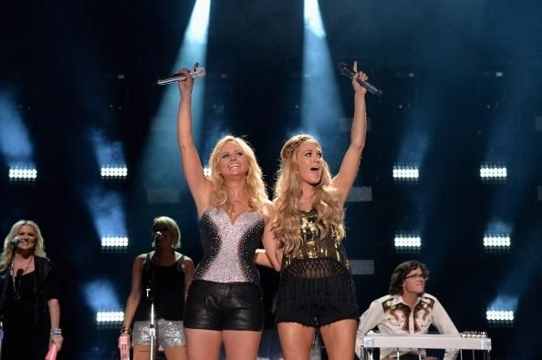 Carrie Underwood News: 'Something In The Water' Singer Encourages Miranda Lambert To Prioritize Marriage Over Career? - http://imkpop.com/carrie-underwood-news-something-in-the-water-singer-encourages-miranda-lambert-to-prioritize-marriage-over-career/