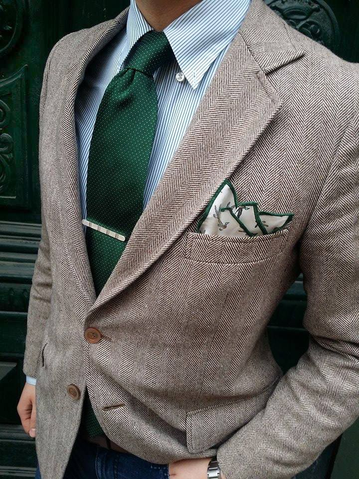 Mr. T.C. here taking it to another level here with a herringbone jacket + green tie with dots + ENASONI 'Hunting Series' pocketsquare