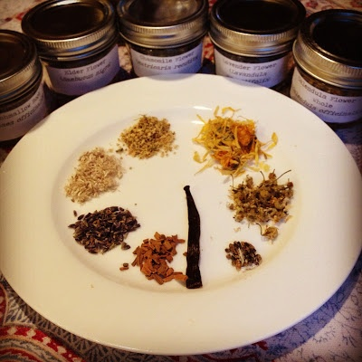 Easy oil/herb infusion tutorial and homemade lotion recipe fromFresh Picked Beauty