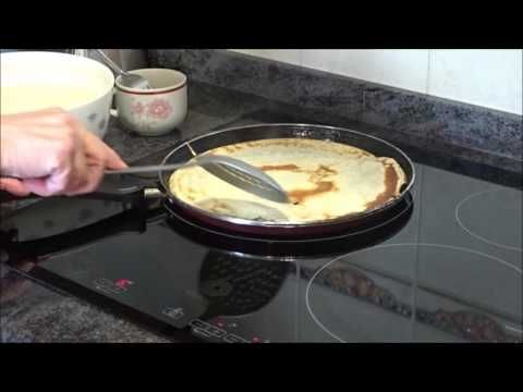 Filloas gallegas....hechas por la abuela. - YouTube