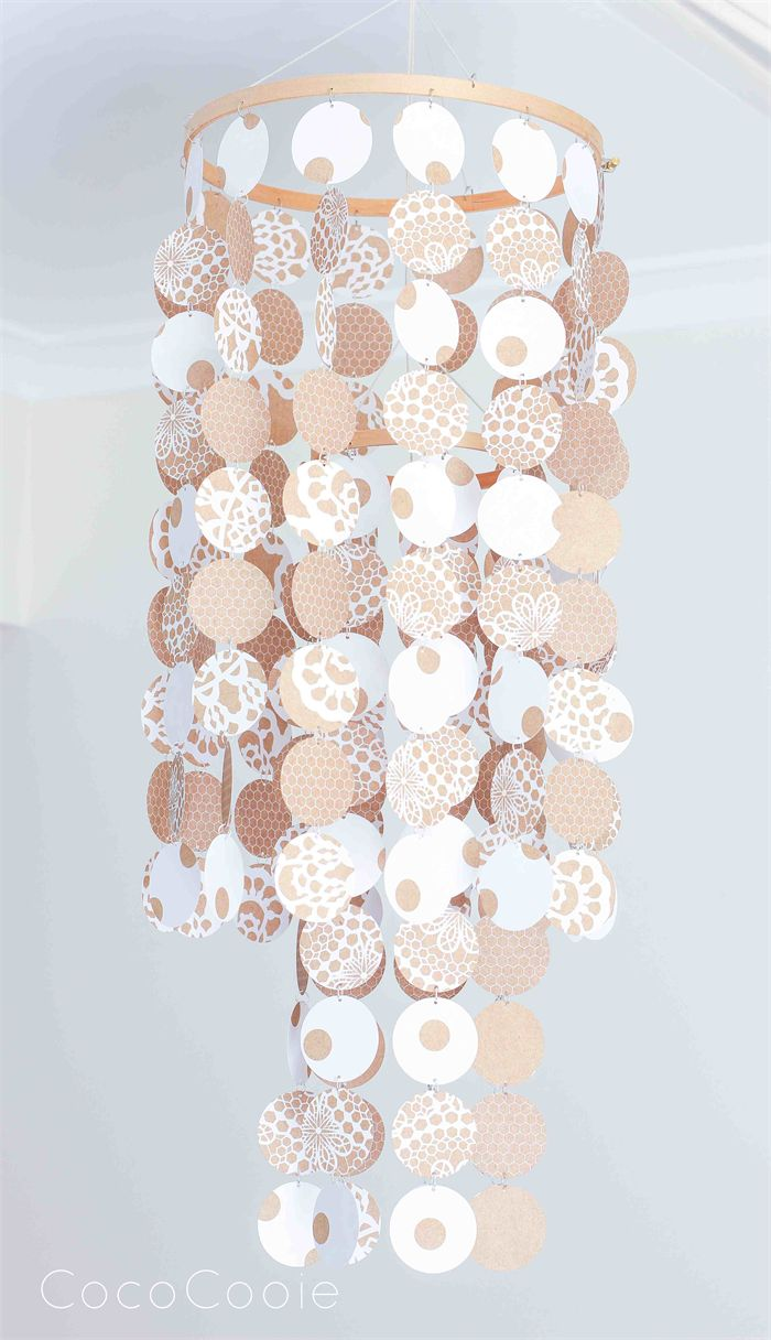 Stunning room feature would look gorgeous as a Christmas decoration with its snowflake like pattern
