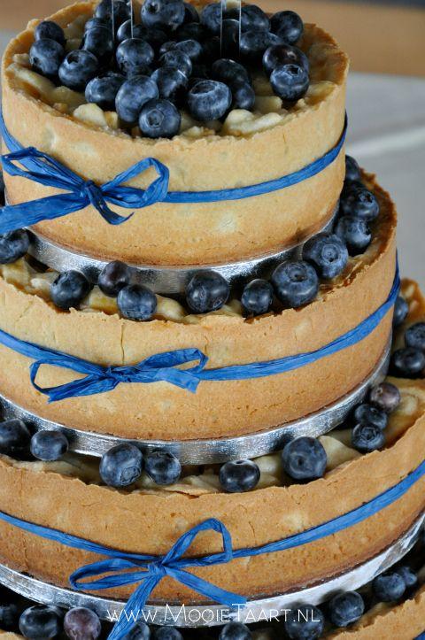 Stacked Apple Pie Wedding Cake By Mooietaartnl
