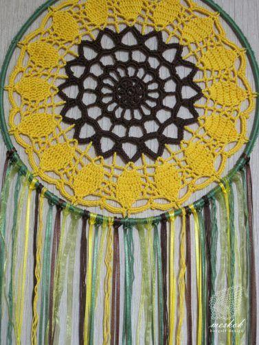 Crochet sunflower dreamcatcher -  meskok.design http://meskok.hu/termekek/horgolt/napraforgo-alomfogo/