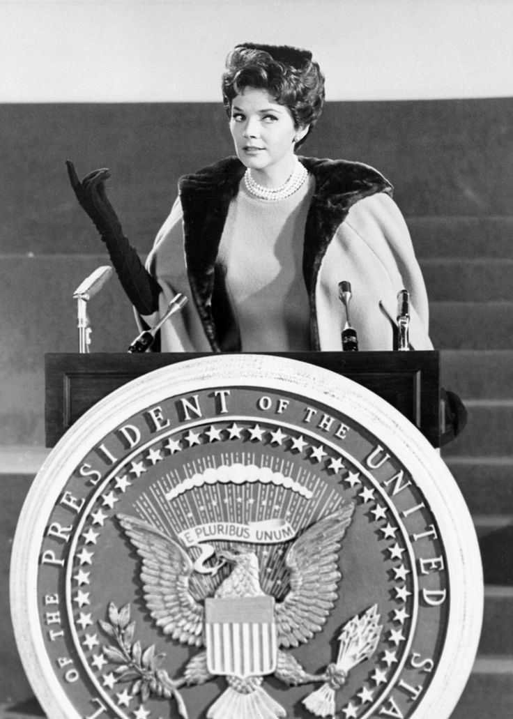 Polly Bergen stars as the first female president in KISSES FOR MY PRESIDENT ('64) tomorrow night at 8pm ET / 5pm PT