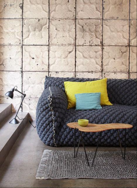 Empapela tus paredes con azulejos envejecidos NY Style | Etxekodeco