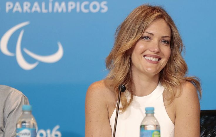 Paralympian Amy Purdy Just Got Diagnosed with Rhabdo—Here's What You Need to Know http://www.womenshealthmag.com/fitness/amy-purdy-rhabdomyolysis?utm_source=WMH01