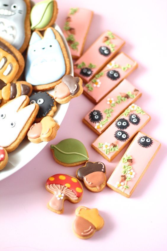 (7) My neighbor Totoro icing cookies. となりのトトロのアイシングクッキー | Cookies | Pinterest | Japanese sweets | Pinterest