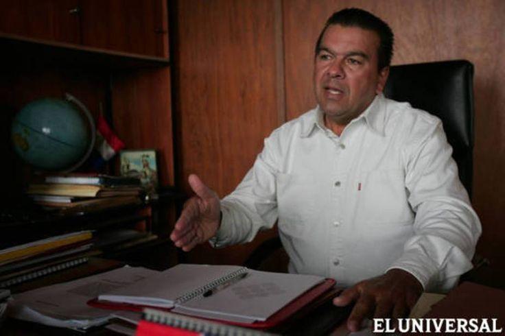 Ministerio de Agricultura y Siembra comienza a distribuir insumos El presidente de Confagan, José Agustín Campos, dijo que existe inestabilidad en el sector ganadero por aumento y escasez de insumos para la siembra  http://wp.me/p6HjOv-3Xn ConstruyenPais.com