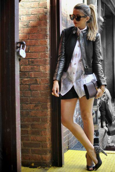 Donker-grijs-hm-blazer-wit-gianfranco-Ferree-shirt-kastanjebruin-ysl-bag_400