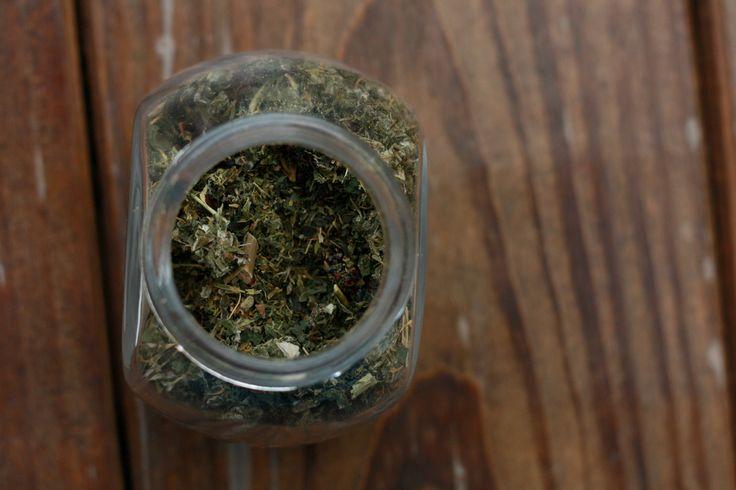 Homemade Lactation Tea for Nursing Mamas
