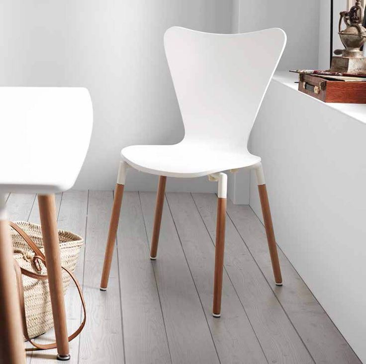 Stol til kjøkkenet/spisestuen modell ECLICTIC #stol #spisestue #kjøkken #interior #interiør #interiormirame #interiørmirame #design #nettbutikk #interiørpånett