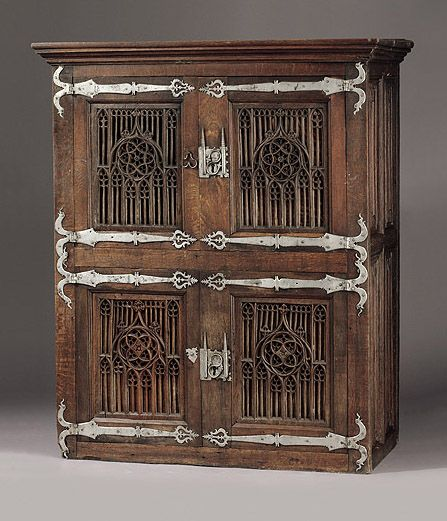 296 best images about gothic furniture on pinterest 16th for Muebles capitol