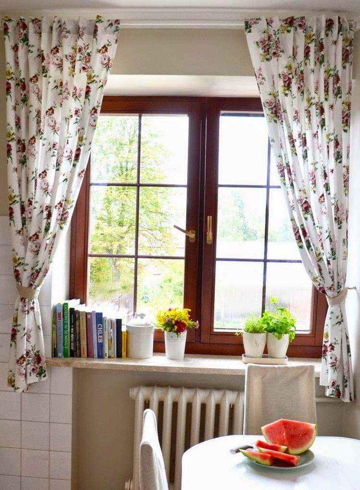 55 rideaux de cuisine et stores pour « habiller » les fenêtres de façon classique et moderne
