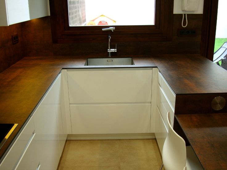 Stunning Una cocina de dise o integrada en el sal n Reformas de cocinas ba os e interiores