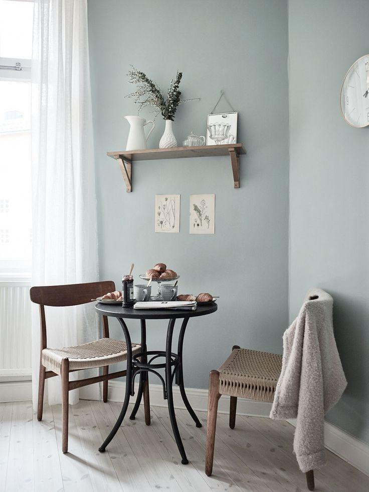 decordemon: Historic apartment in Stockholm