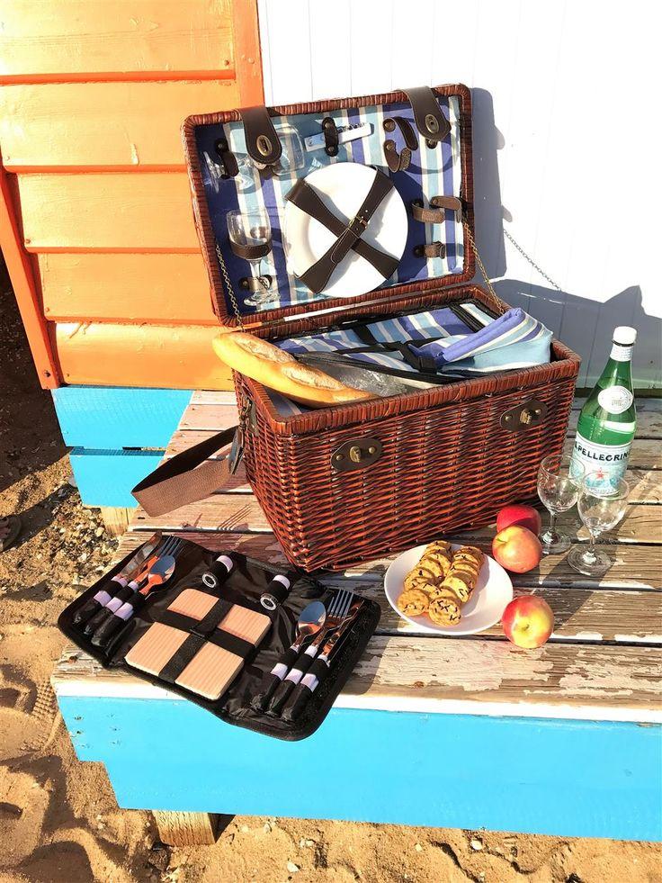 Luxury-picnic-basket-hamper-Satara-basket-wicker-online
