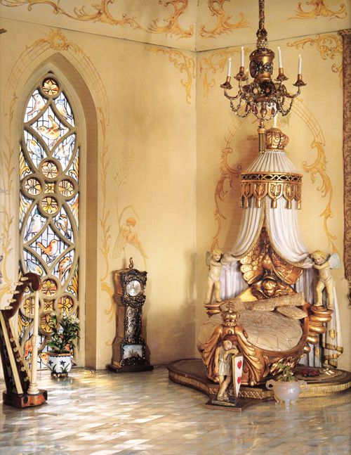 17 best ideas about castle bedroom on pinterest french for Princess fairy door