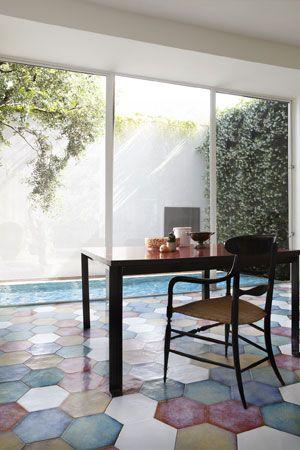 Matteo Imbriani  Très beau sol... des tomettes aux couleurs très originales !