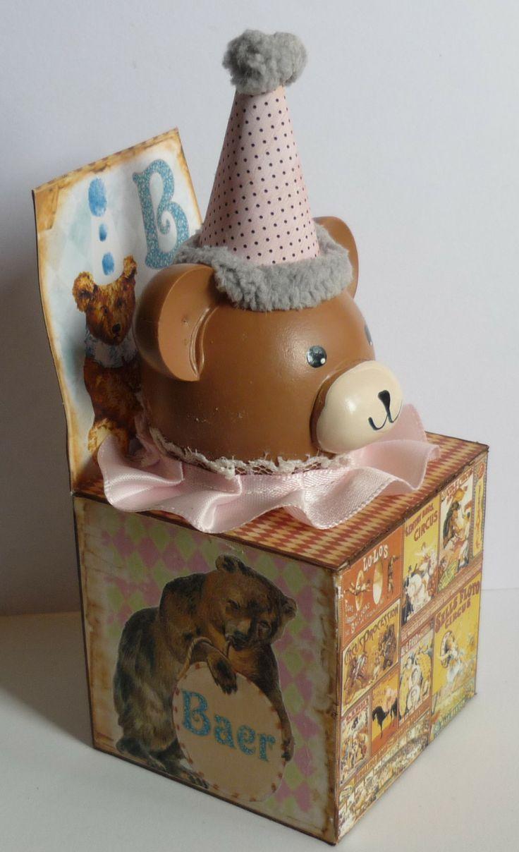 Wood Cube -Jack in the Box Bear.