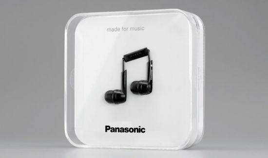 אריזה חכמה של אוזניות של פנסוניק.  זה לא נראה לכם קצת כמו אפל?