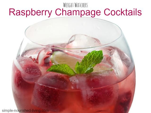 Weight Watchers Raspberry Champagne Cocktails. A light and refreshingly festive cocktail to celebrate the holidays! 99 calories, 3 #weightwatchers points plus. http://simple-nourished-living.com/2014/12/weight-watchers-raspberry-champagne-cocktails/