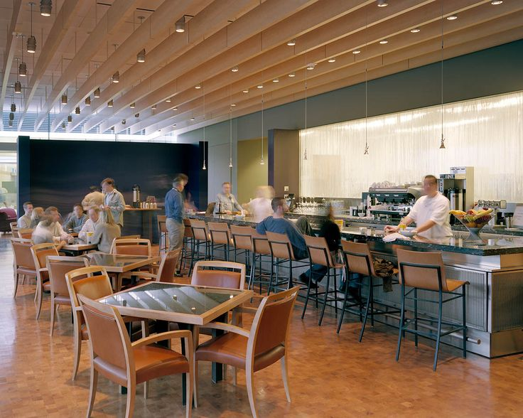 Howard Hughes Medical Institute – Janelia Farm Campus | Rafael Viñoly Architects | Dining room. Photos: Jeff Goldberg / Esto
