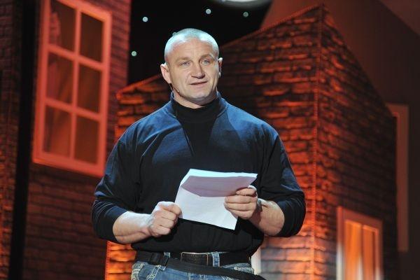 Swoich sił w kabarecie spróbował siłacz – Mariusz Pudzianowski (fot. Jan Bogacz)