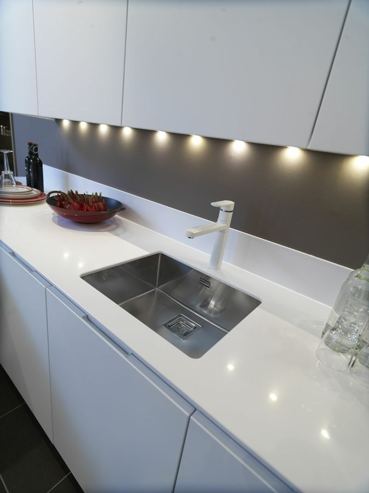 Wonderfully clean and light feel to this Texas undermount sink. http://www.sinks-taps.com/item-7893-TEXAS_50x40_Large_Bowl_Sink.aspx