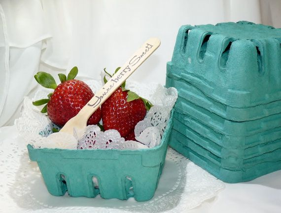 Berry Baskets 1/2 pint Crates-12 Perfect Serving Size , Fruit/ Candy Bars, FOOD TRUCKs, Weddings,  Homemade Cookies - Gift Package - Favors http://food-trucks-for-sale.com/