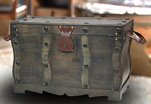 Antique Style Distressed Wooden Pirate Treasure Chest, Coffee Table Trunk: Amazon.ca: Home & Kitchen