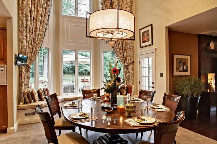 Victorian Dining Room | Victorian homes style dining room interior ...
