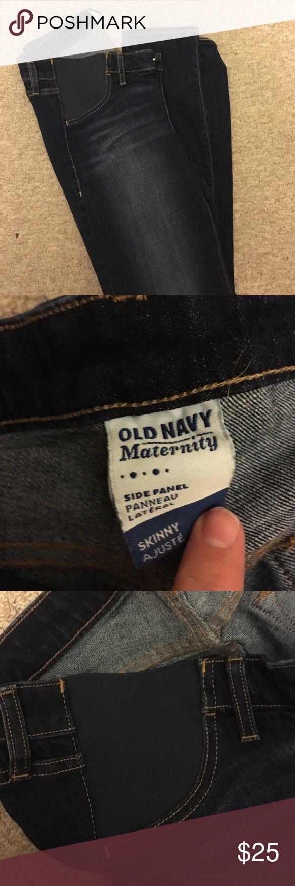 NWOT Old Navy Maternity Skinny jeans Side panel maternity jeans. Skinny dark wash Old Navy Jeans Skinny