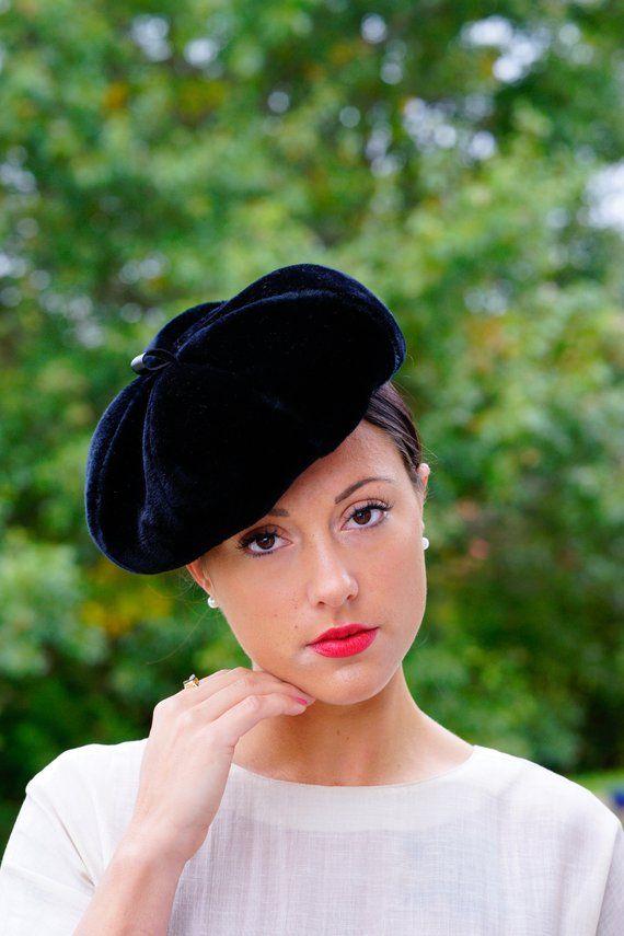 Vintage Black Velvet Beret 5ebda17a5082