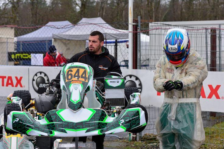 It's rainning men! @AkisVasileris and his mechanic Kostas Pinis at #RotaxEuroChallenge #CircuitInternationalDelSalbris