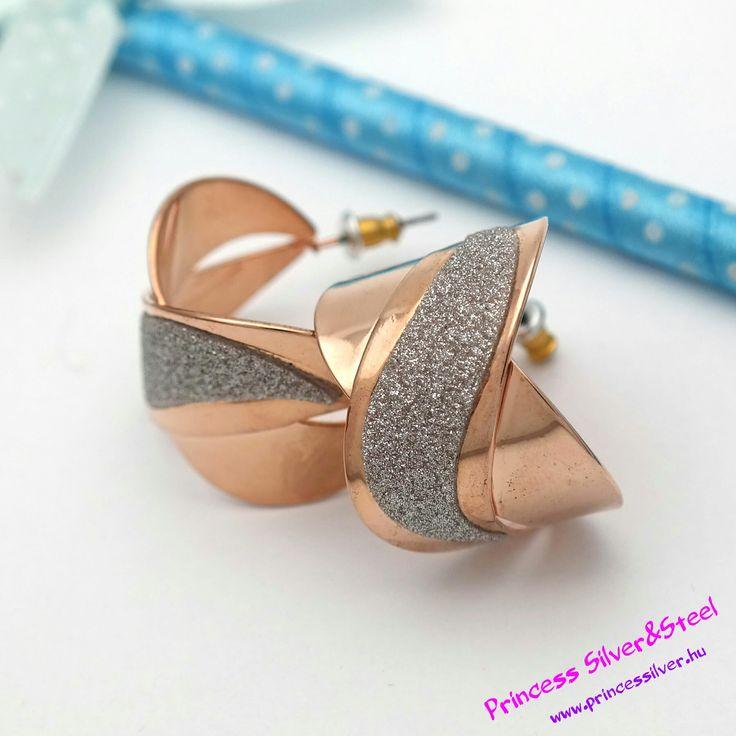 Rose gold elegancia nemesacél fülbevaló. Részletek itt: www.princessilver.hu