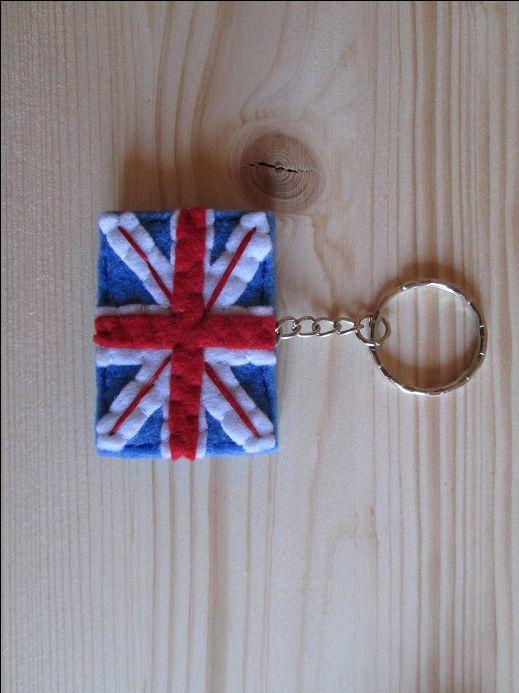 Portachiavi con Bandiera del Regno Unito - Portachiavi in feltro - Fatto a mano. di TinyFeltHeart su Etsy