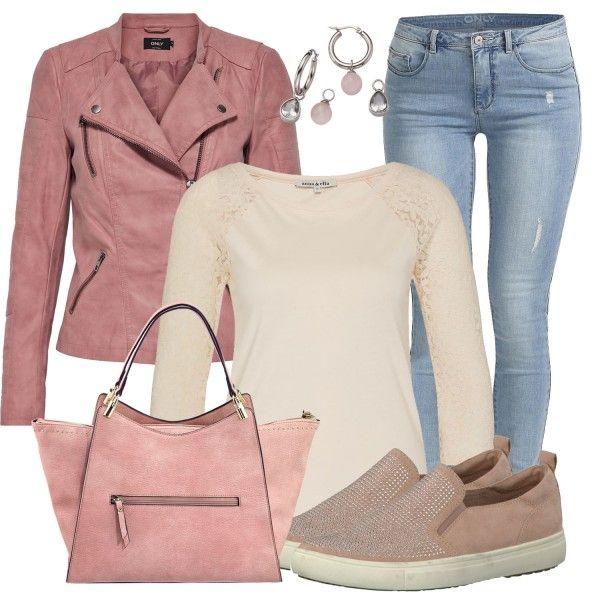 Eine rosafarbene Lederjacke? Warum nicht! Wir zeigen euch mit diesem Outfit, warum ihr euch unbedingt eine rosafarbene Jacke von Only zulegen müsst. Dieses Outfit setzt sich neben der Jacke aus einem cremefarbenen Oberteil, Only Jeans, Tamaris Slippern, kleinen Creolen und einer Emily & Noah Tasche zusammen. Weitere Looks findest du unterFrühlings-Outfits.
