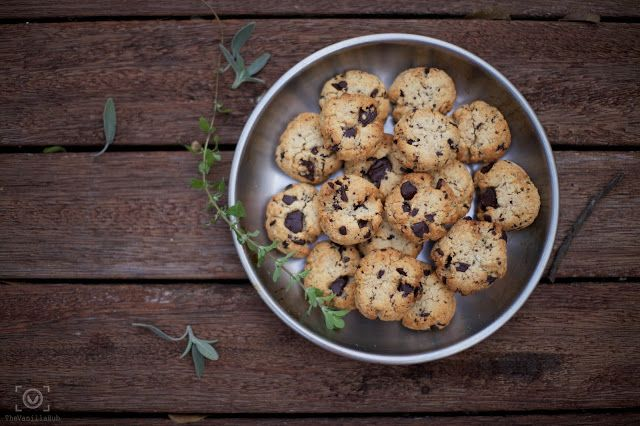 Almond, coconut and chocolate cookies (Gluten Free)