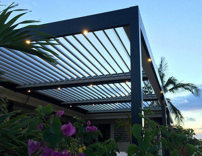 les 25 meilleures id es de la cat gorie pergola bioclimatique sur pinterest porche d 39 t. Black Bedroom Furniture Sets. Home Design Ideas