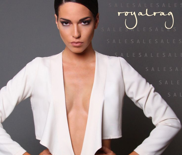 Cropped blazer www.royalrag.eu #royalrag #cropped #blazer #white #minimal #chic