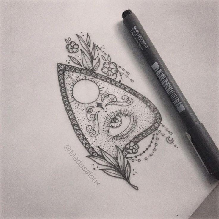 Lou Hopper Is Stunning Beautiful Stunning Tattoos: 25+ Bästa Idéerna Om Medusa Tattoo På Pinterest