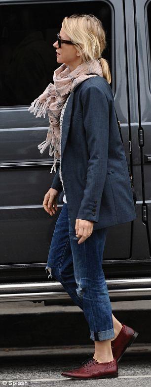 Stylish: Naomi Watts. Distressed jeans, jacket, scarf, oxfords #celebs #casual