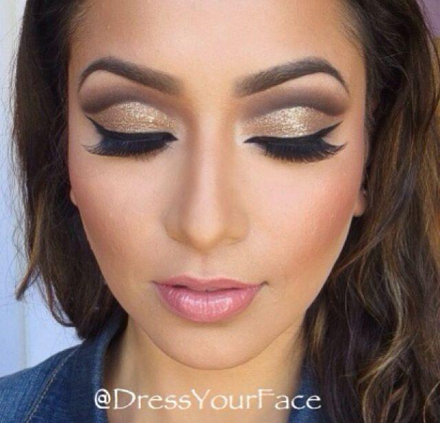 beautiful gold cut crease eye makeup